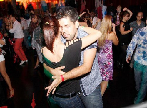 How to Dance Kizomba